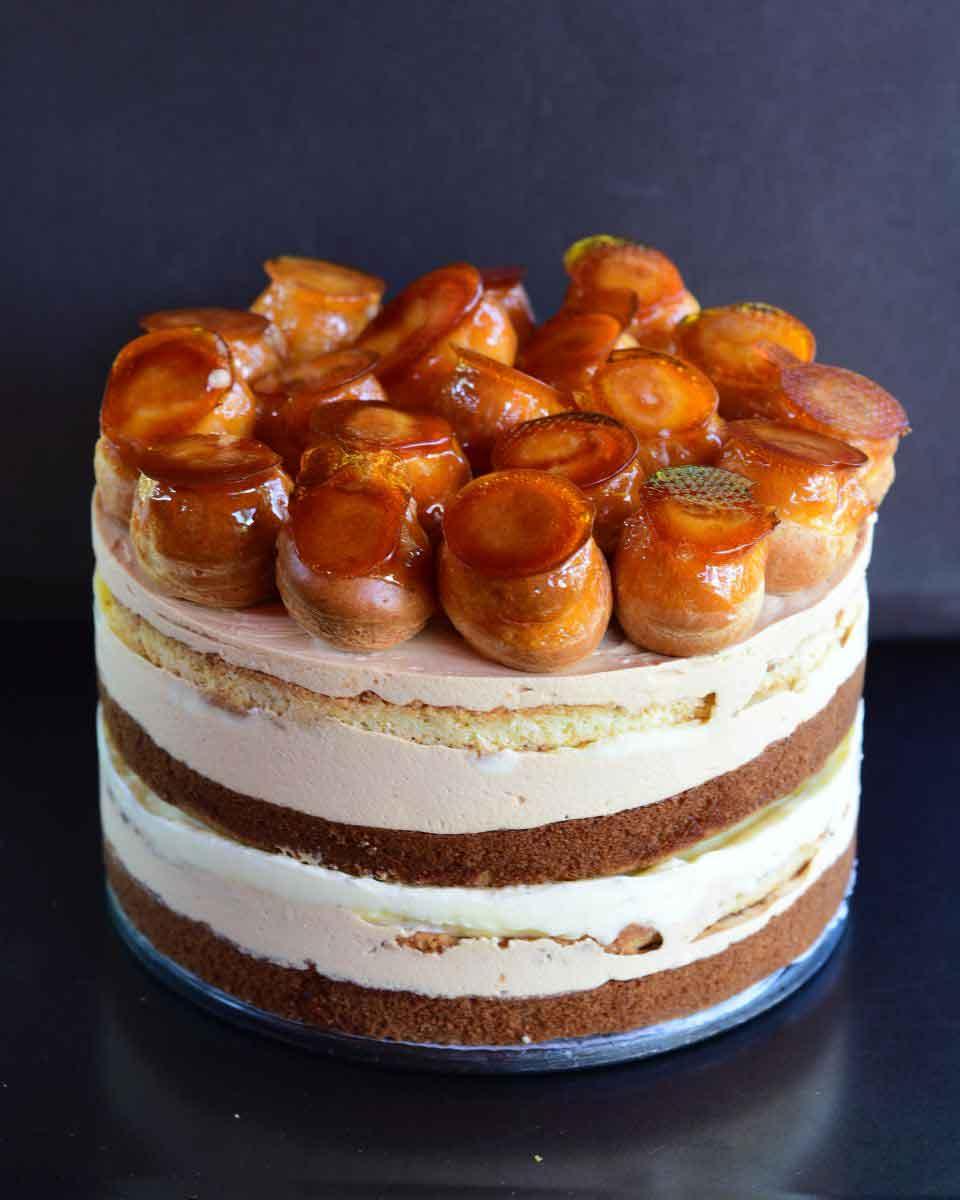 עוגת שכבות קרם ברולה, שוקולד לבן מקורמל וטונקה