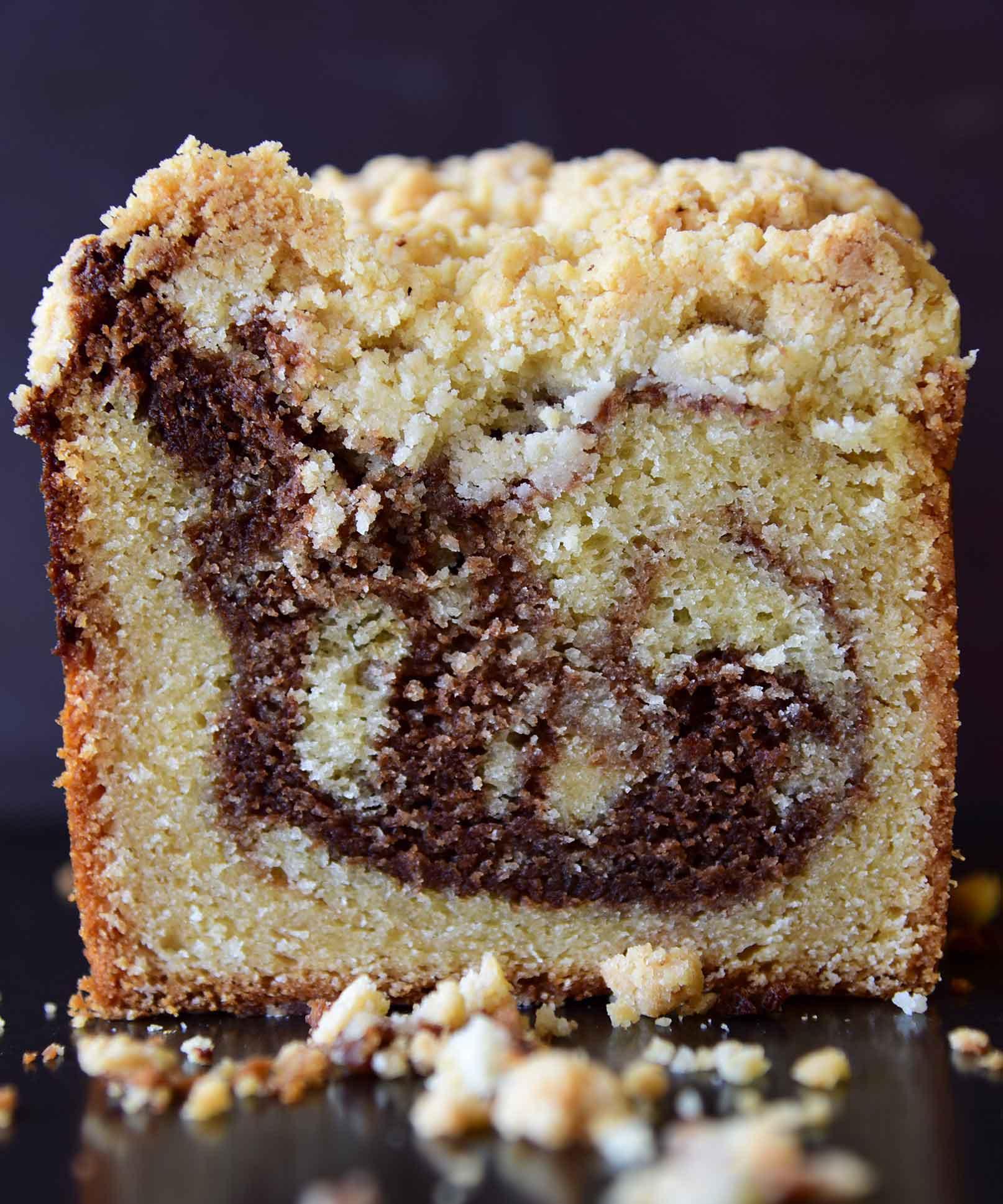 עוגת שיש מרציפן ושוקולד חלב בציפוי שטרויזל טונקה
