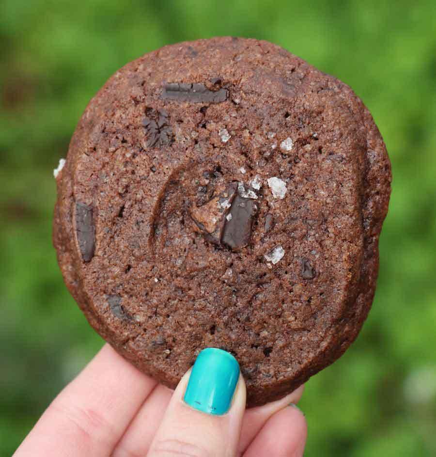 עוגיות דאבל שוקולד צ'יפ ואספרסו