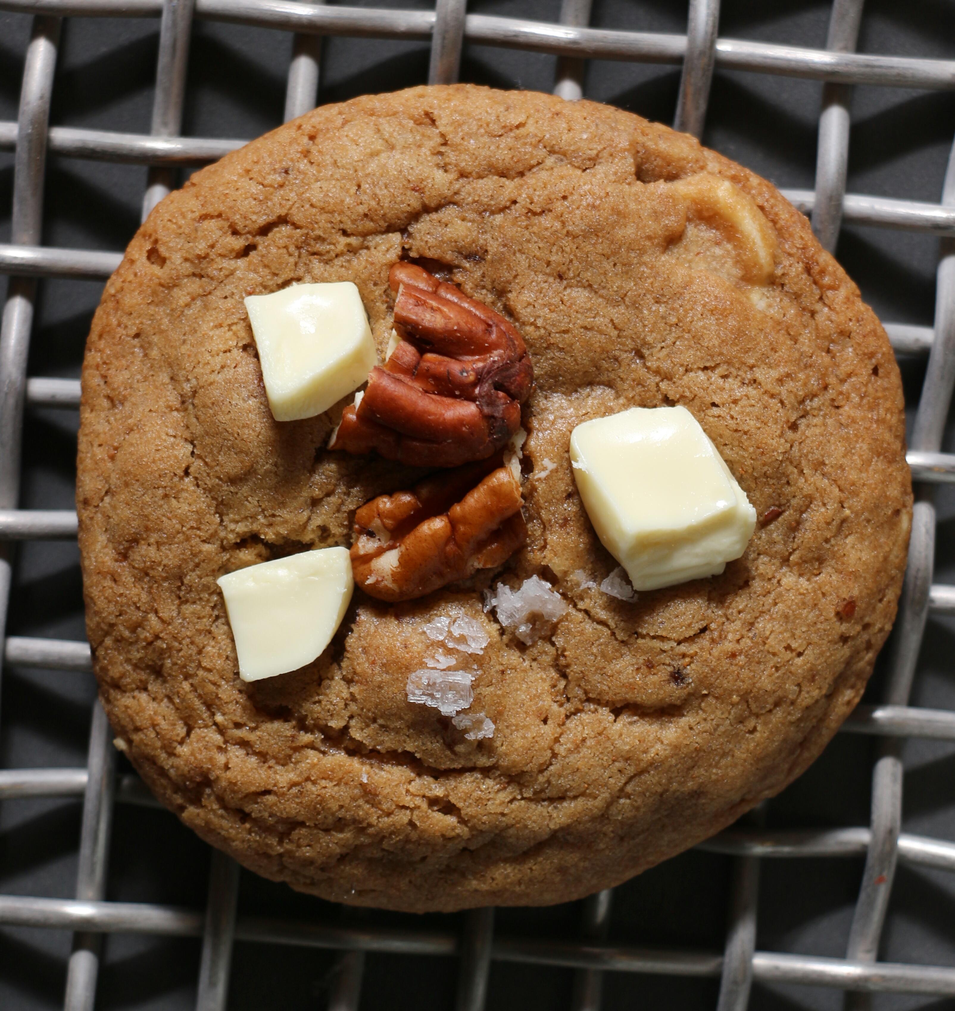 עוגיות אספרסו, שוקולד לבן ופקאן