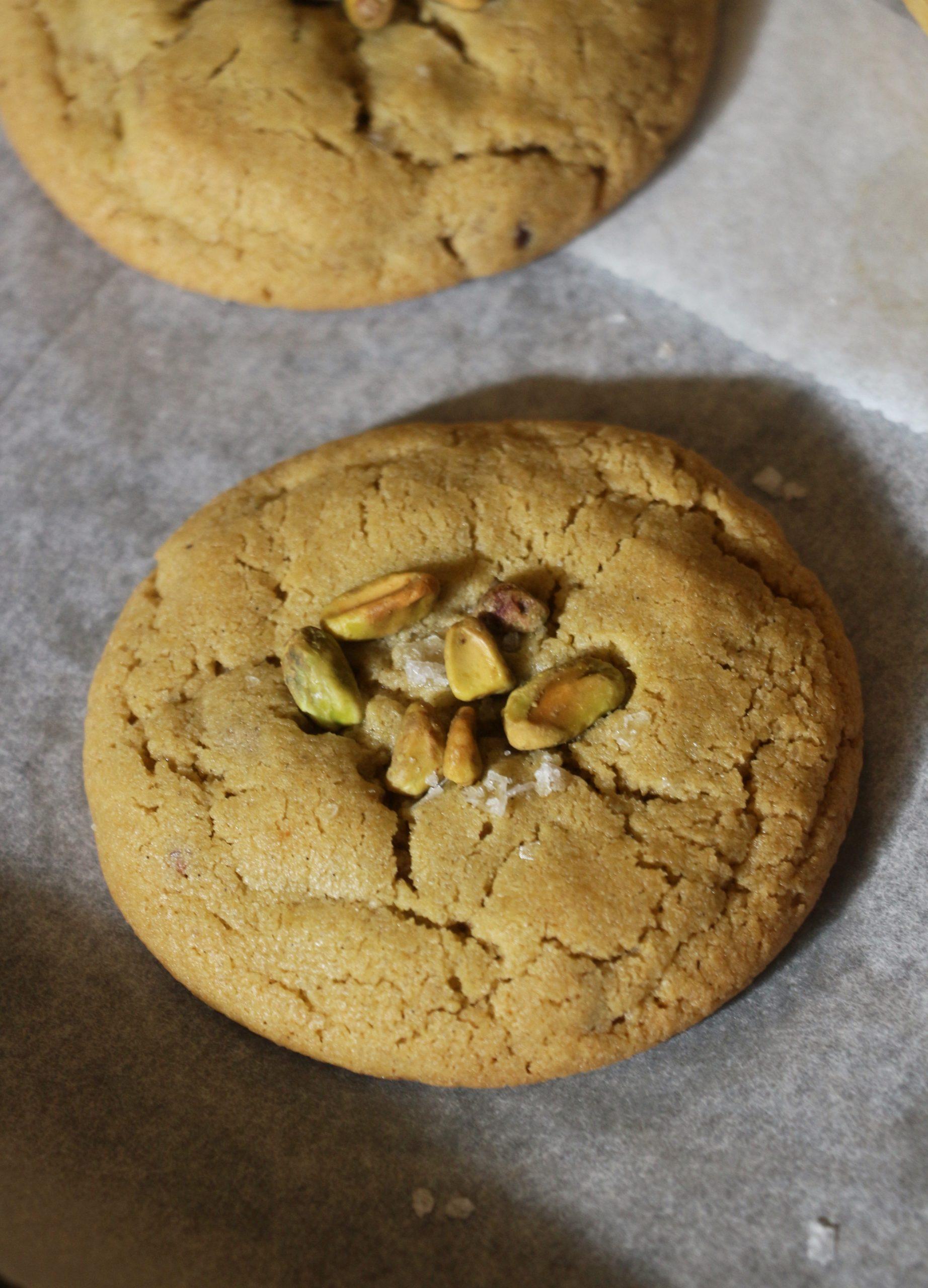 עוגיות פיסטוק ושוקולד חלב