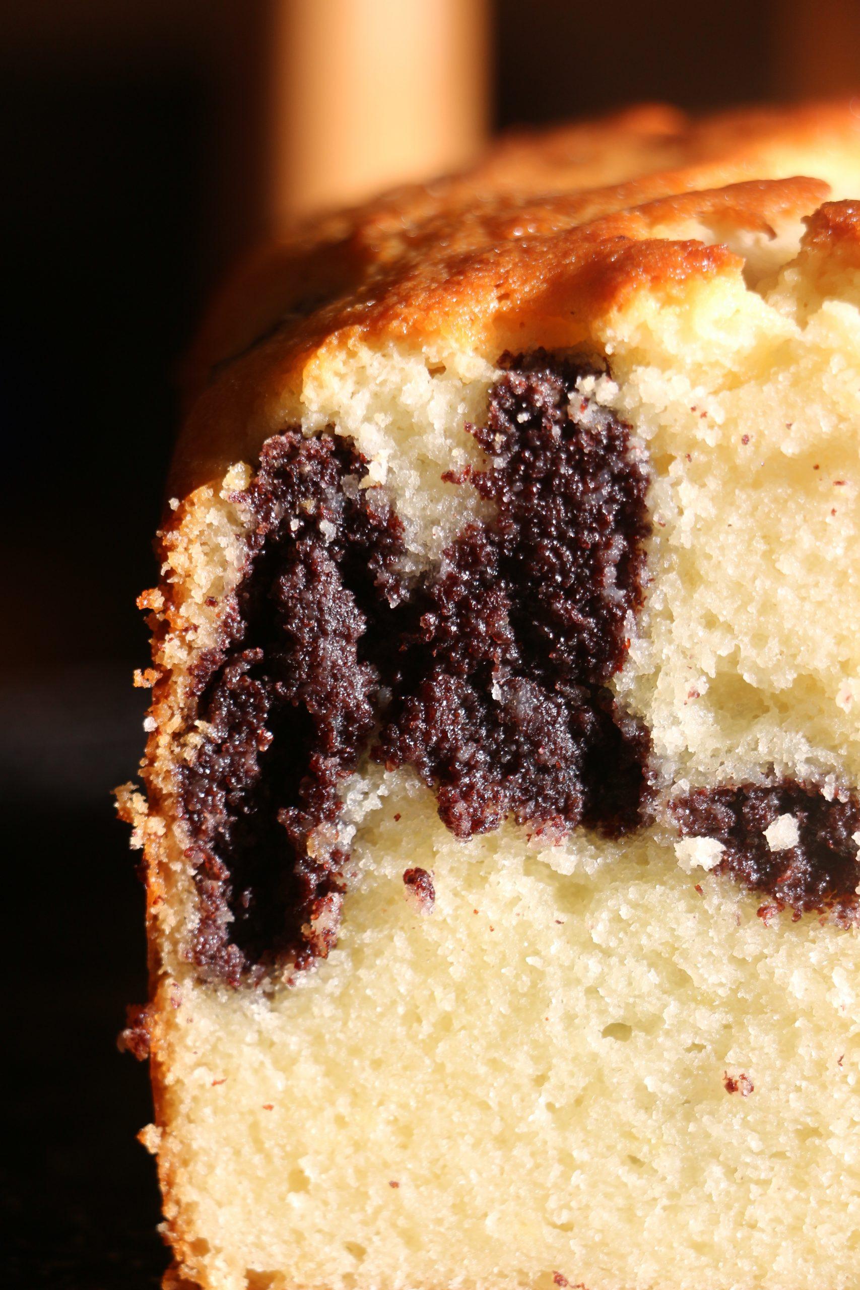 עוגה בחושה עם מלית פרג